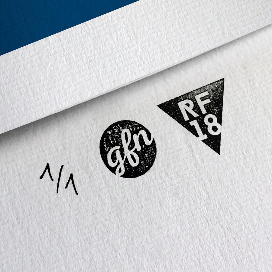 Victoria A Kunstdruck – Handnummeriert und mit Stempel gebrandet